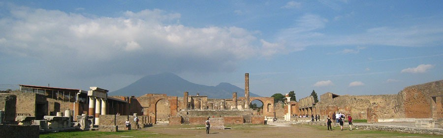 Vesuvius sedd från Pompeji. Foto: Kerstin Engstrand