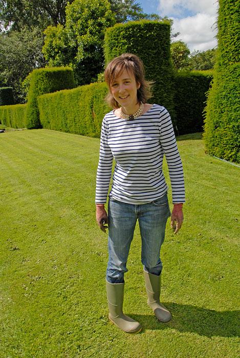 Dottern Charlie kommer att ta över ansvaret för Cothay Manor.  Foto: Kerstin Engstrand