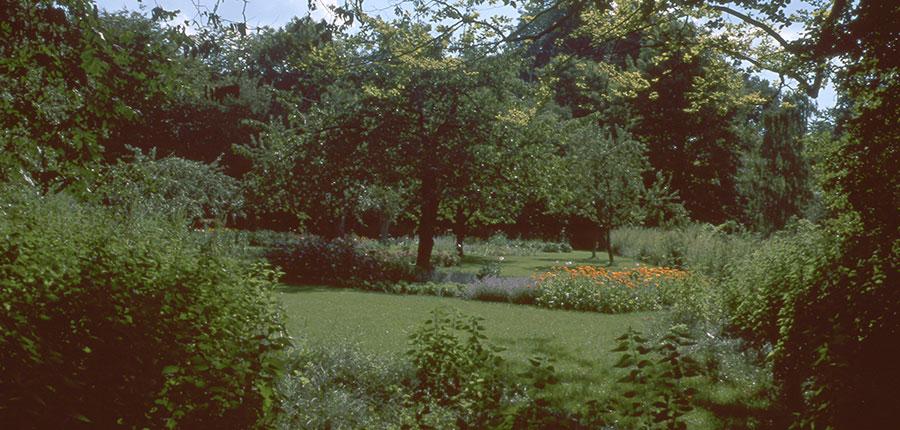 Smittblomsträdgården. Foto Kerstin Engstrand