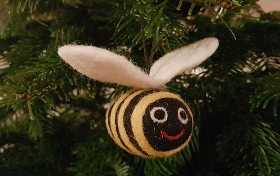 Detta glada bi fyndades i England. Foto: Kerstin Engstrand