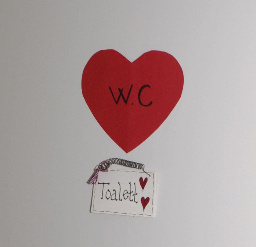 Ett rött hjärta är extra viktigt för en demenssjuk. Foto: Kerstin Engstrand