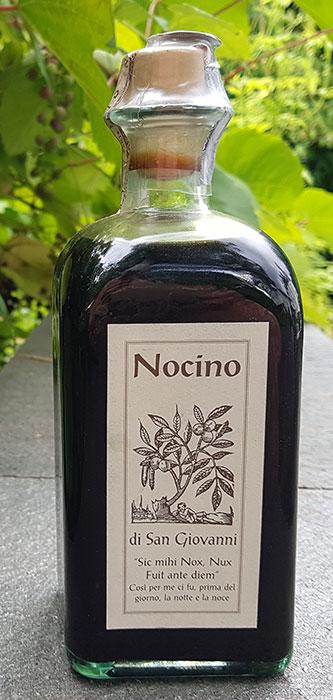 Nocino finns även att köpa i specialbutiker. Foto: Kerstin Engstrand